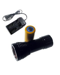 D32VR Diving Light 2 x CREE XM-L T6 + 2 xCREE XP-E 100 Meters Underwater Photographing Diving Flashlight Torch+1x32650+Charger