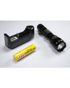 Ultrafire WF-502B XML U2 LED Flashlight with 18650 Battery and Charger